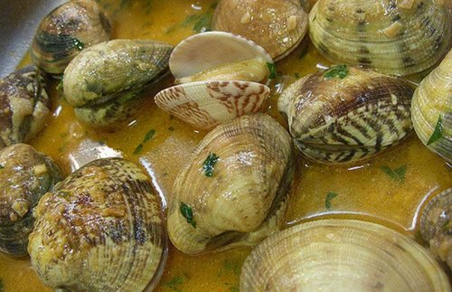 Almejas a la marinera 10 recetas f ciles for Como cocinar almejas